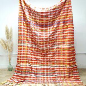 Couverture berbere vintage Marocaine en laine et coton à carreaux et rayures