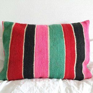 Coussin pure laine à rayures fait main au Maroc