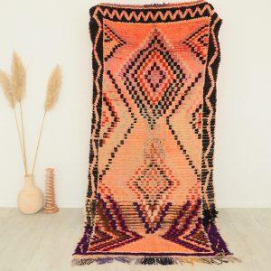 Tapis berbere ancien en pure laine fait main au Maroc