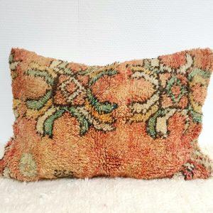 Coussin pure laine aux tons de vieux rose fait main au Maroc