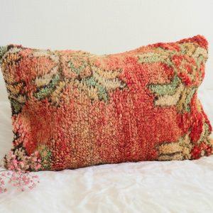 Coussin berbère Marocain fait main à partir d'un tapis vintage