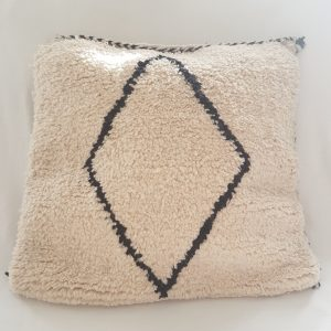 Handmade beni ourin pillow