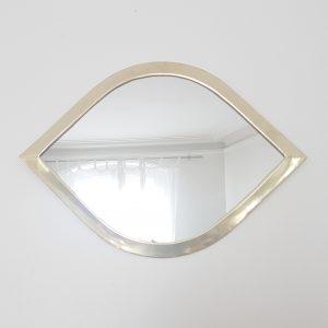 Miroir en métal fabriqué au Maroc