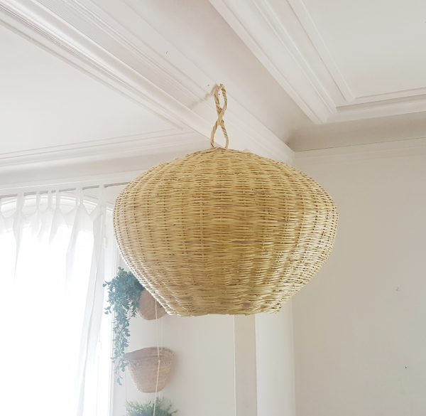 Grande suspension boule naturelle
