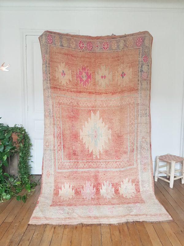 Moroccan vintage wool rug