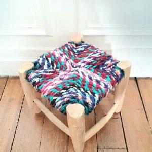 Tabouret marocain en bois assise en tissu