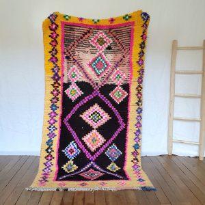 Tapis berbère marocain coloré en pura laine