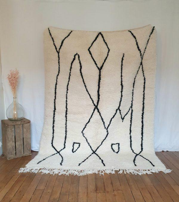 Autnentique tapis berbère Marocain en pure laine