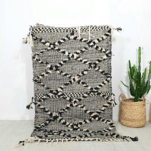 tapis berbere Marocain en pure laine fait main