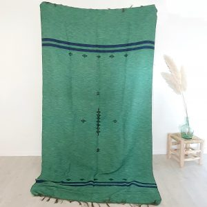 Plaid en coton de couleur verte fait main en Algérie