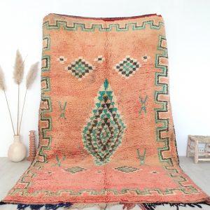 Tapis Berbère Marocain ancien fait à la main en pure laine, dans des tons roses et verts
