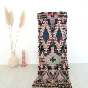Tapis berbere vintage fait main à partir de chutes de tissus issus de vêtements recyclés
