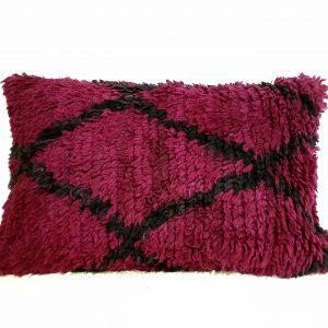 Coussin pure laine fait main à partir d'un tapis Boujaad vintage
