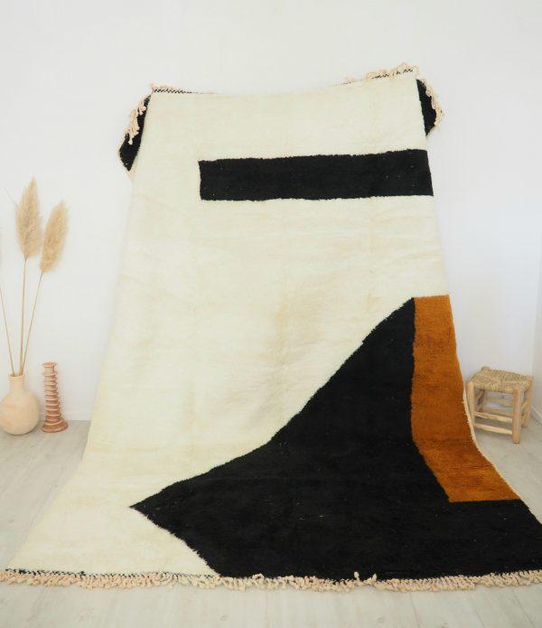 Tapis berbère en pure laine très dense et de qualité supérieure