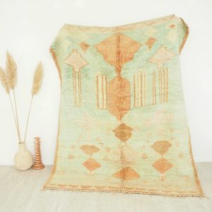 Tapis berbere Marocain vintage couleur pastel